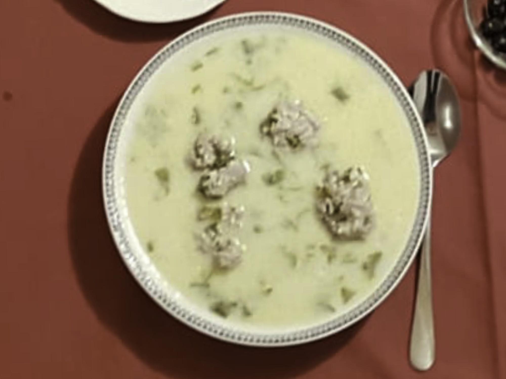 Γιουβαρλάκια (yuvarlak köfte)