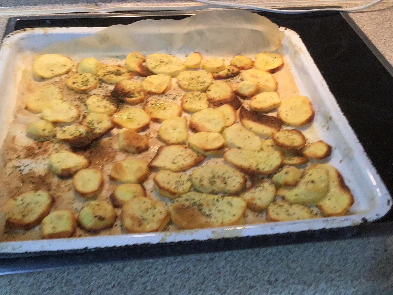 Πατάτες στο φούρνο σαν τηγανιτές