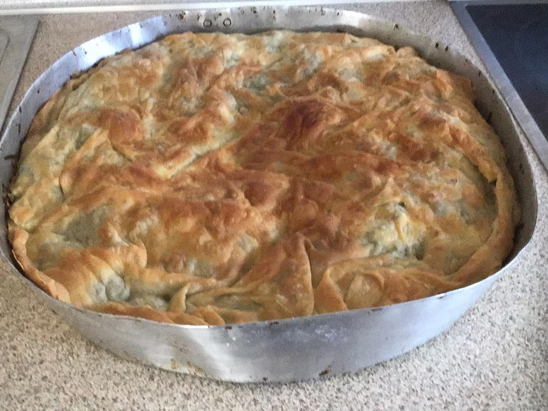 Βασιλόπιτα με ψημένα φύλλα και τυρί